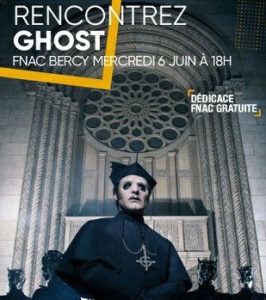Post Cardinal Copia en séance dédicace à Paris